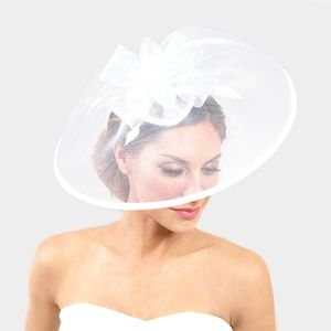 White Feather Fascinator Dressy Bow Net Church Hat